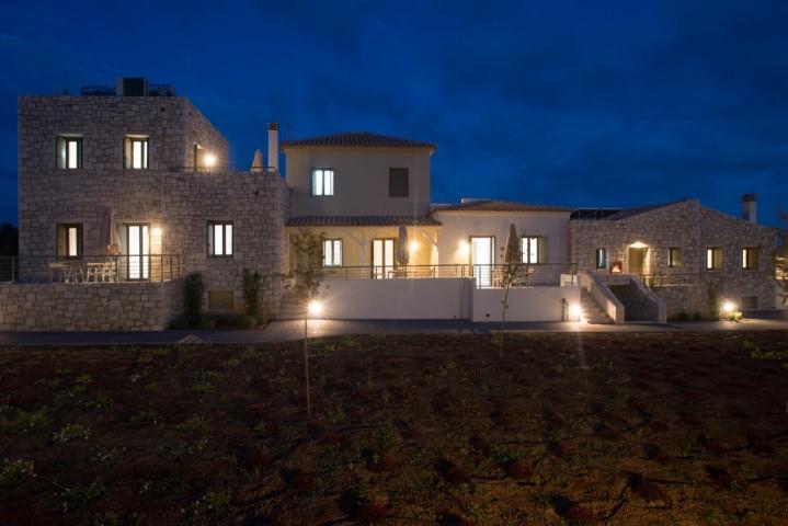 Callisto Seaside Homes & Suites